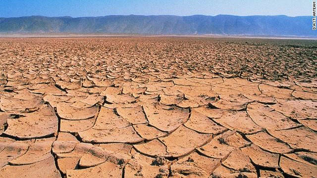 140306165040-desert-breath-cracked-earth-horizontal-gallery