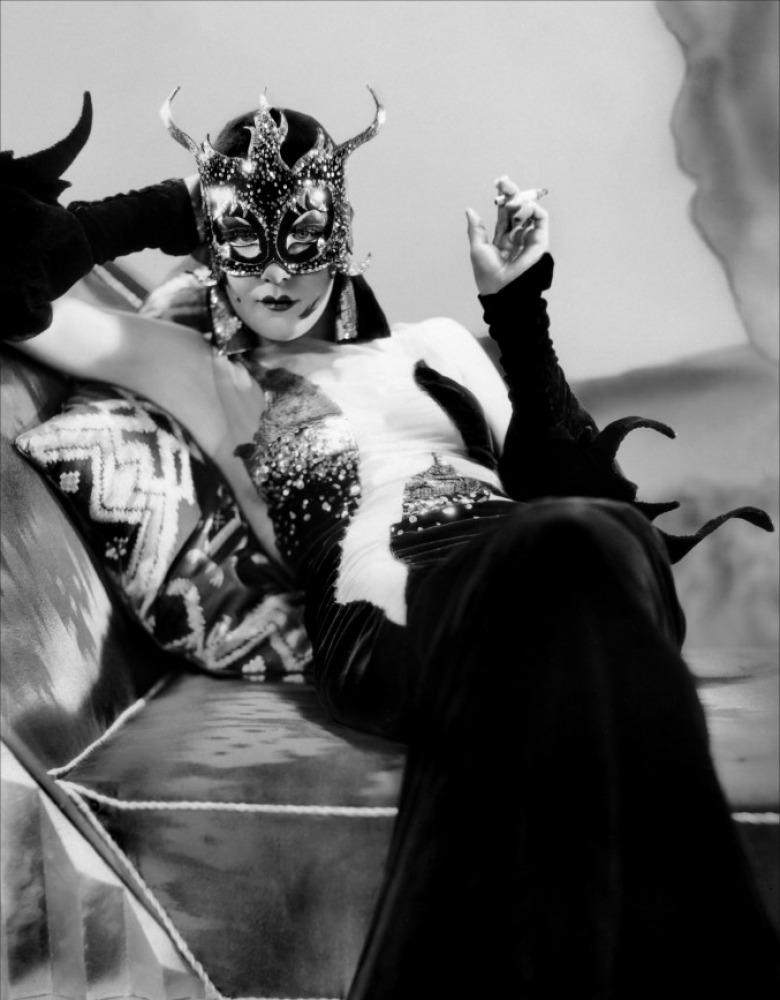 Madam-Satan-3