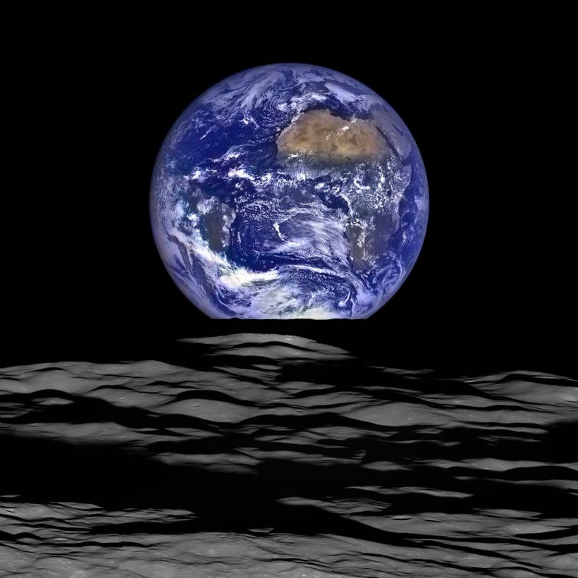 earthrise_high_res
