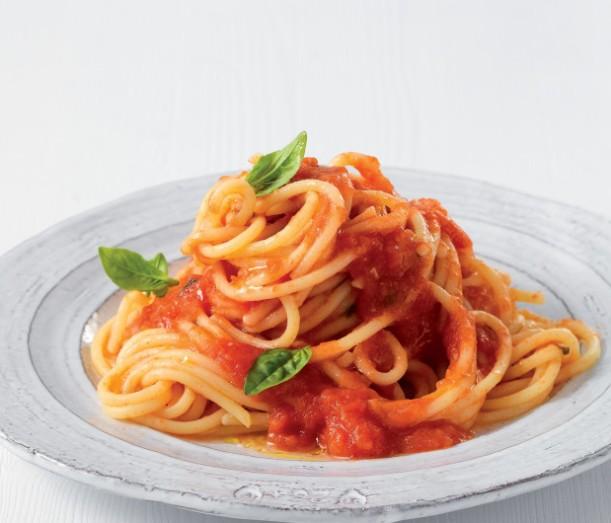 spaghetti-al-pomodoro-ricetta-619x530
