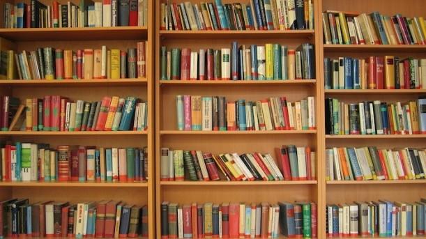 book-67049_1280-700x394