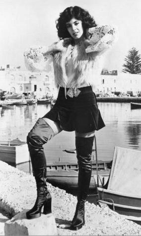 boots-1972-nadia-cassini