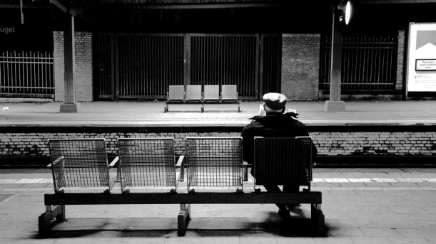 train-station-652999_960_720
