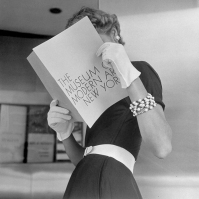 vintage-black-and-white-women-fashion-photography-nina-leen-14-57309592069aa__700