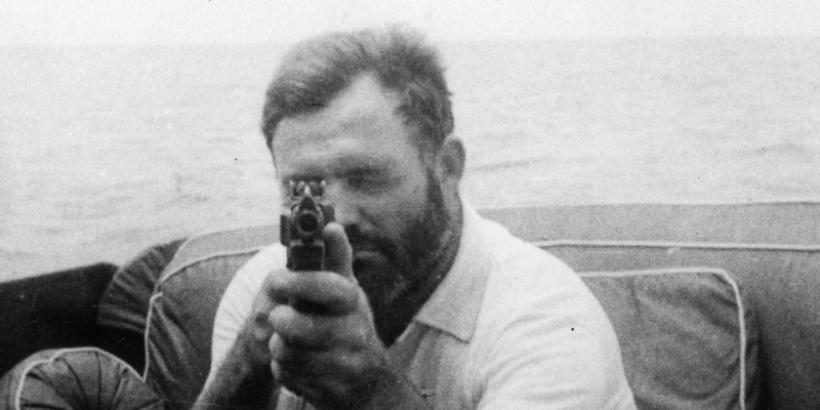 Ernest_Hemingway_Aboard_the_Pilar_1935-840x420